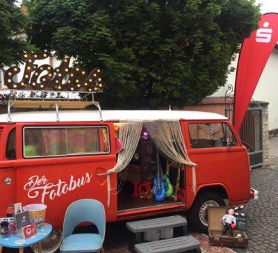 Der Fotobus auf dem Sparkassen Mitarbeiterfest Eventsnapper auf sparkassen mitarbeiterfest