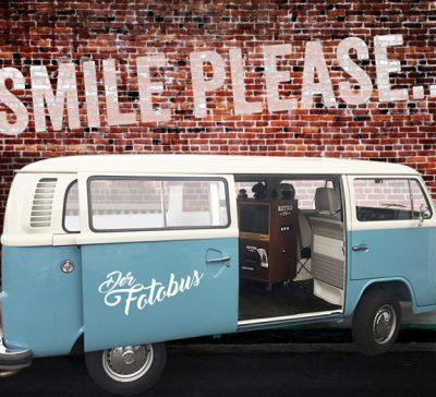 Verstärkung für unseren Fotobus eingetroffen – Blauer Fotobus Eventsnapper auf blauer Fotobus