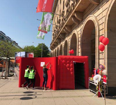 """CUBE auf der Ausbildungsmesse """"startklar"""" in Mannheim vor dem Rathaus Eventsnapper auf startklar"""