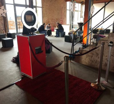 Standalone Fotobox auf der Weihnachtsfeier der Firma Chrono24 Eventsnapper auf