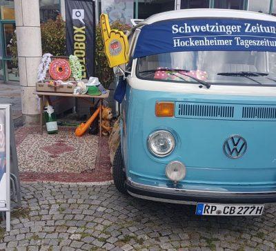 Blauer Fotobus beim Jazz-Frühshoppen in Hockenheim Eventsnapper auf